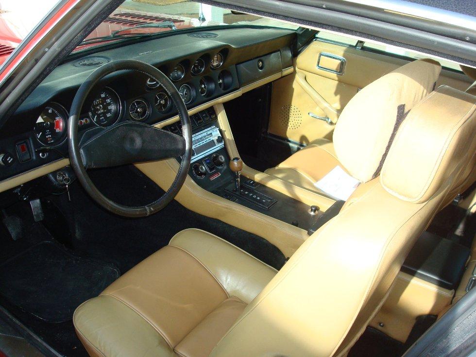 1974 Jensen Interceptor III. Italienske design, Chrysler leverte 7.2 L motor og automatkasse.     Britene bygde den for hånd. High Performance motor med 505 HK.     Innsendt av Finn
