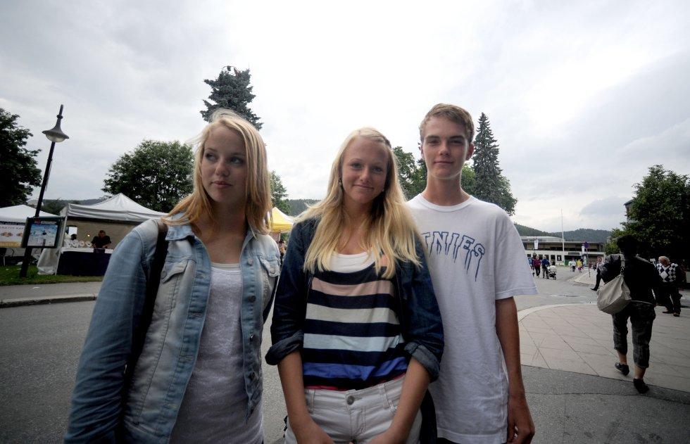 Ragnhild Frogner (16), Karine Støvne Ber (16) og Kristian Wåla Dahl (15)