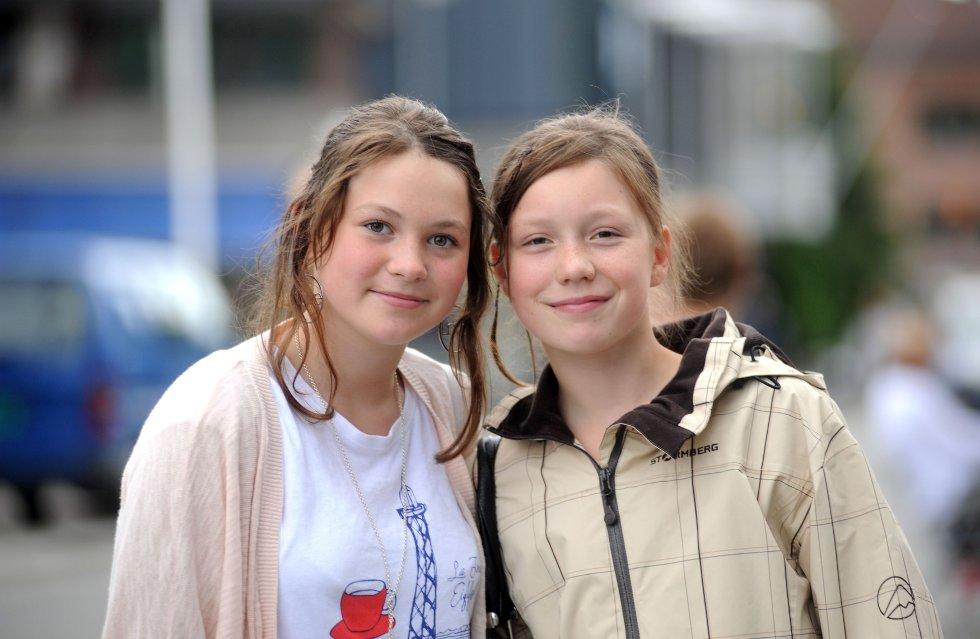 Snefrid Hagen (12) og Tuva Tøyen Bakken (11)