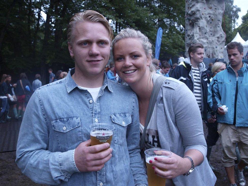 Sander Skjæveland (22) fra Vikeså og siri Fuglestad (25) fra Tønsberg. (Foto: )
