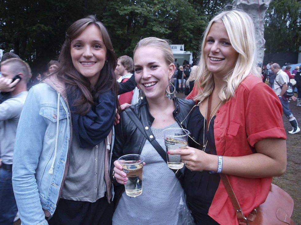 Katja Høgset (24), Line Jonassen (23) og Marthine Meum (22) fra Oslo.  (Foto: )