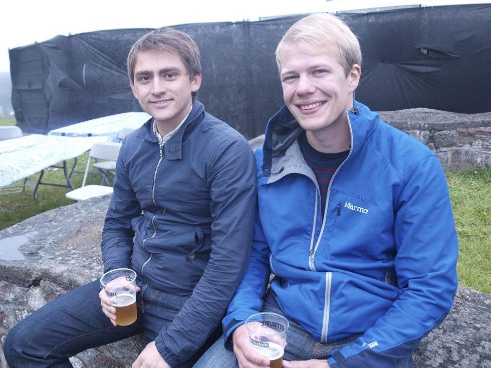 Arne Stormo (26) fra Vestvågøy og Henrik Enoksen (26) fra Trondheim. (Foto: )