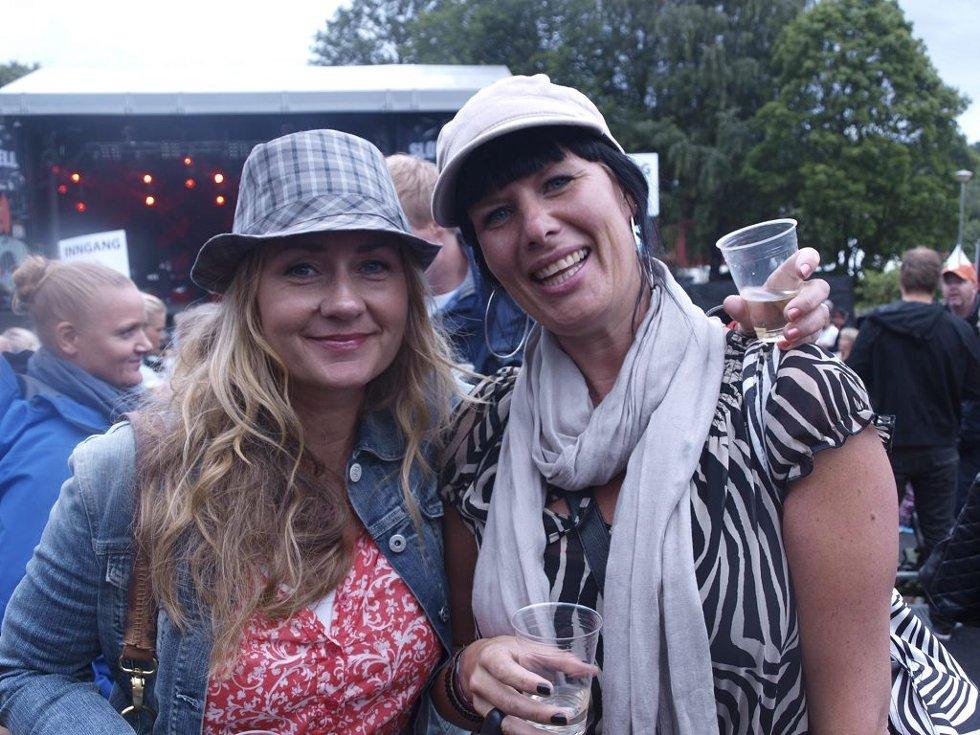 Gry Elise Jacobsen (37) og Kirsti Lillehagen (38) fra Oslo.  (Foto: )
