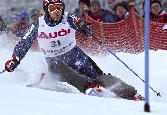MEDALJER I MENGDER: Lasse Kjus, 1 OL-gull, 3 sølv, 1 bronse, 3 VM-gull, 8 sølv, vunnet verdenscupen sammenlagt to ganger. Foto: Ulf Hansen
