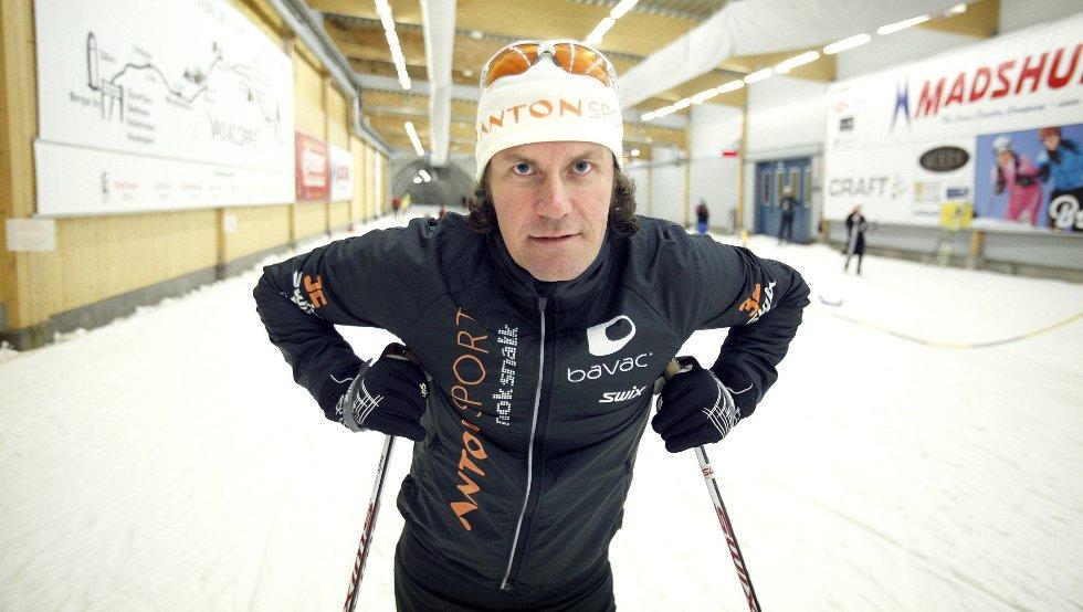 Anton Sport-sjef, Morten Borgersen, hevder at sykefraværet er blitt betraktelig redusert etter at firmaet satte trening på dagsorden. – Vi har satt trening, konkurranse og produktkunnskap i system, sier han.