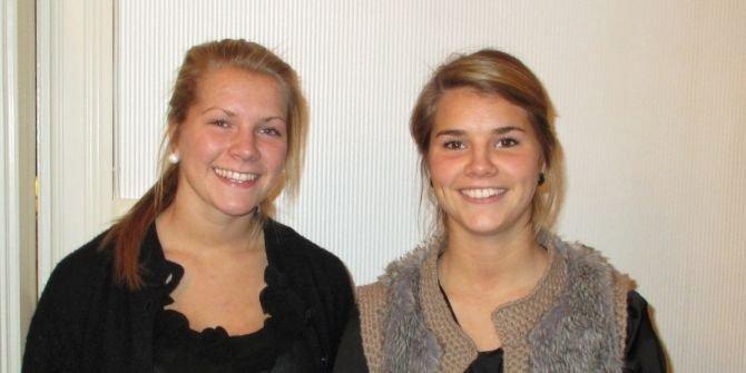 Søstrene Andrine (t.h.) og Ada Hegerberg er klare for Stabæk. De kommer fra Kolbotn og signerte med Stabæk søndag.