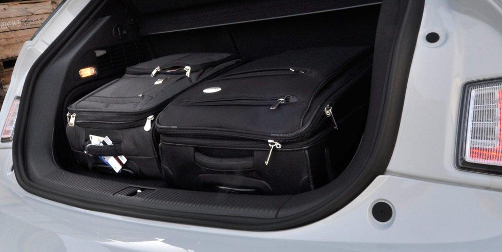 Små biler har alltid begrenset bagasjerom.