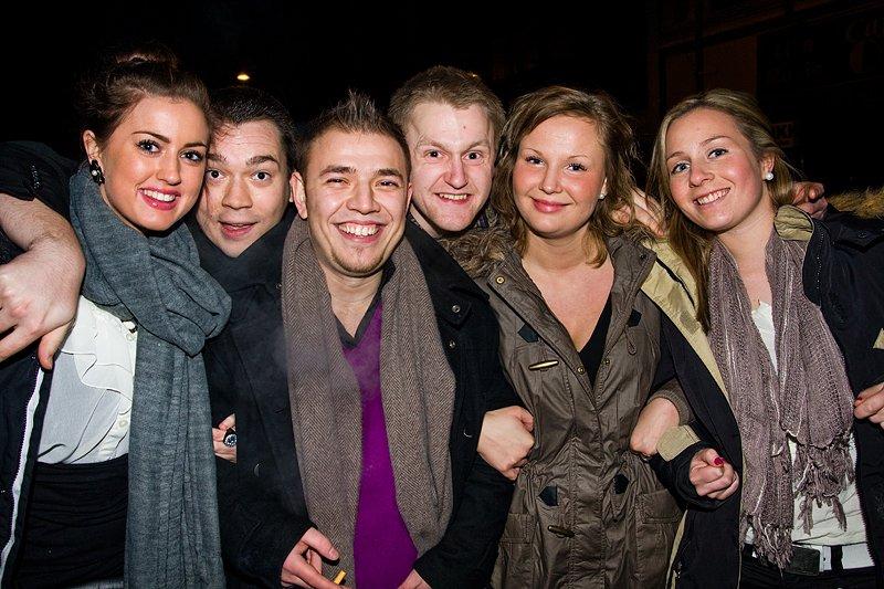 Annika, Gezim, Glenn, Jonas, Andrea og Amanda (Foto: Hans Petter Vassgård)