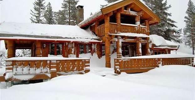Denne hytta på Blefjell ligger til salg på Finn.no med prisantydning 2,5 mill. Det er innenfor det prissegmentet som selger godt denne vinteren.