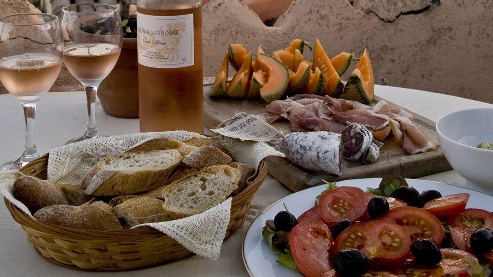 Mange drømmer om middelhavsmat og rosévin på egen takterrasse i Sør-Frankrike.