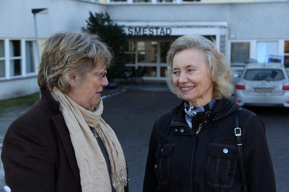 Liv Wiborg og Beit Kvæven vil at politikerne i rådhuset skal granske sykehjemsetaten for deres praksis med å blande klare og demente i store avdelinger.Foto: Vidar Bakken