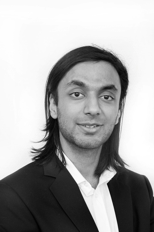 Eiendomsmeglerfullmektig Haleem Wahid i Postbanken Eiendom mener Groruddalen er undervurdert.