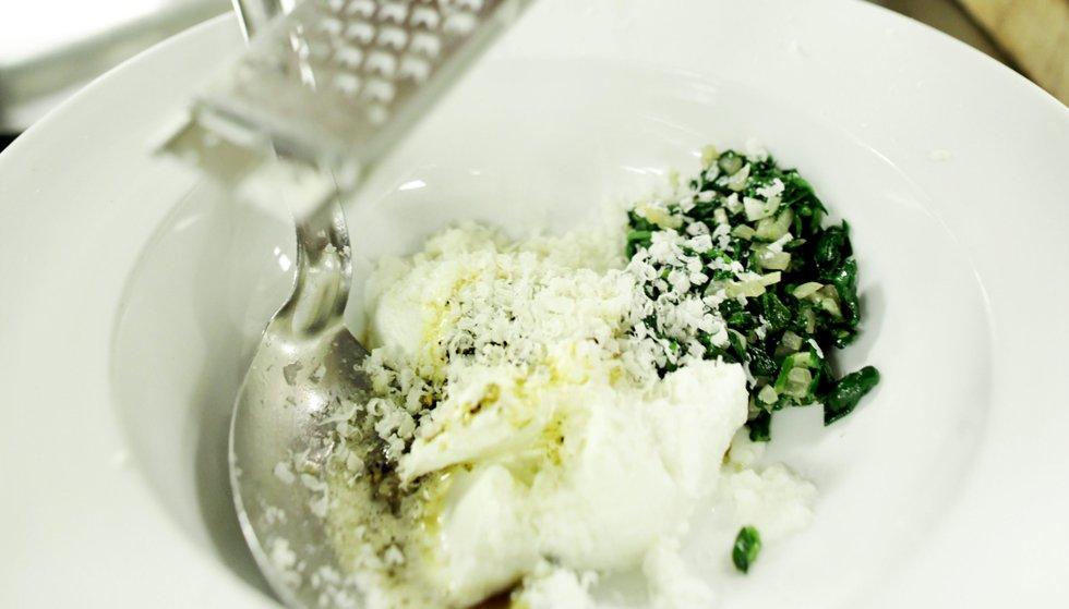 Revet parmesan hører nesten med når man snakker om en italiensk pastarett.