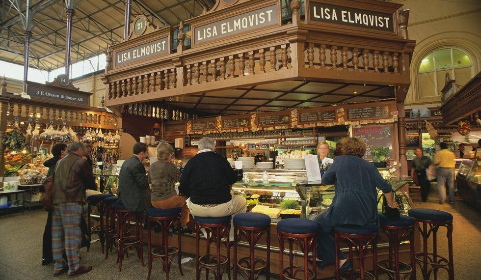Östermalms Saluhall er den svenske hovedstadens eldste og største matmarked.