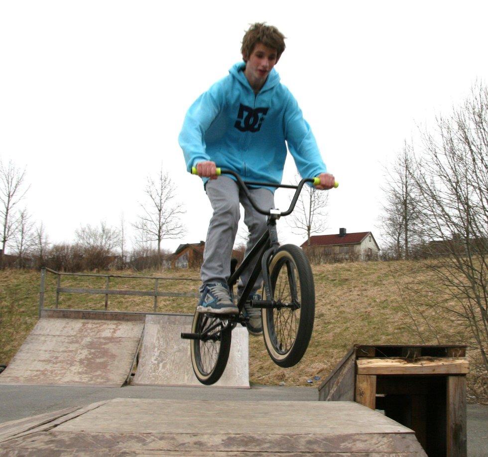 SYKKEL: Også med sykkel på rampen - her Sander Berg (13) fra Kjelsås.