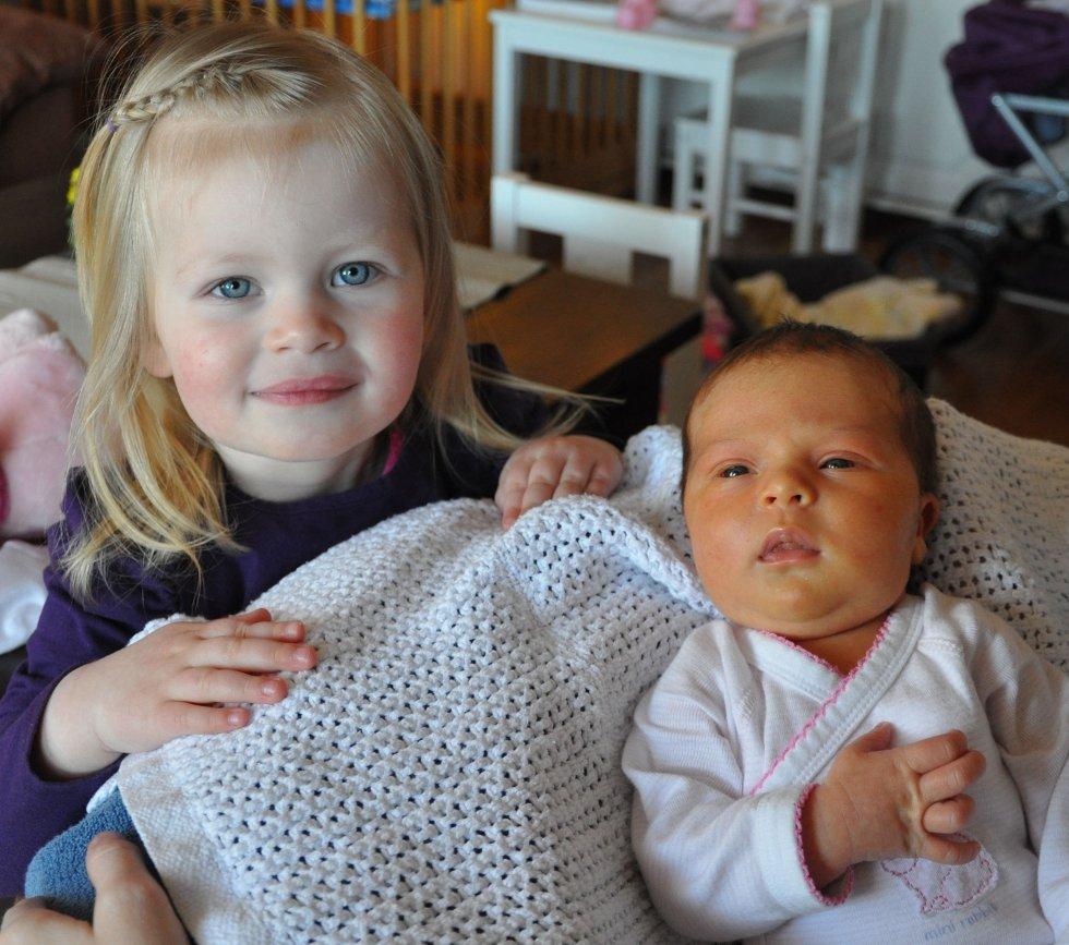 Fredag 27.april kom Marie til verden på Sykehuset Innlandet, Elverum. Marie veide 3570 gram og var 52 cm lang. Hedda er stolt storesøster. Stolte foreldre er Sissel S. og Marius K. Andreassen, Elverum