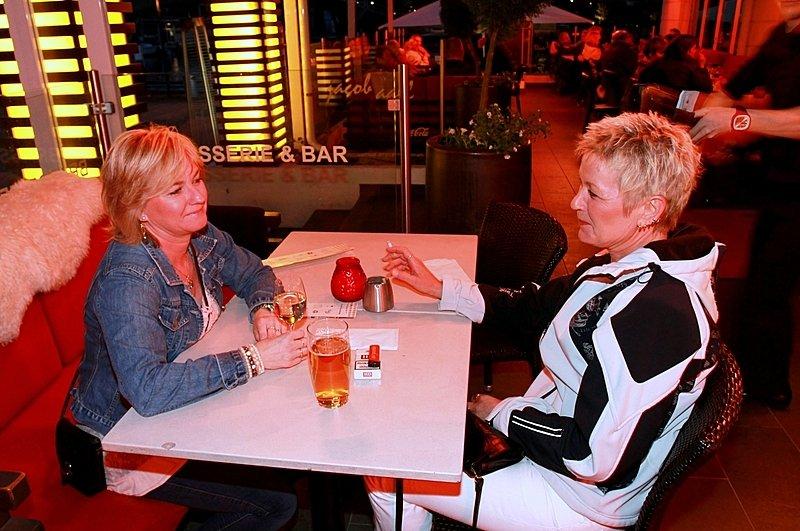 Gunn-Britt og Trine (Foto: Harry Johansson)