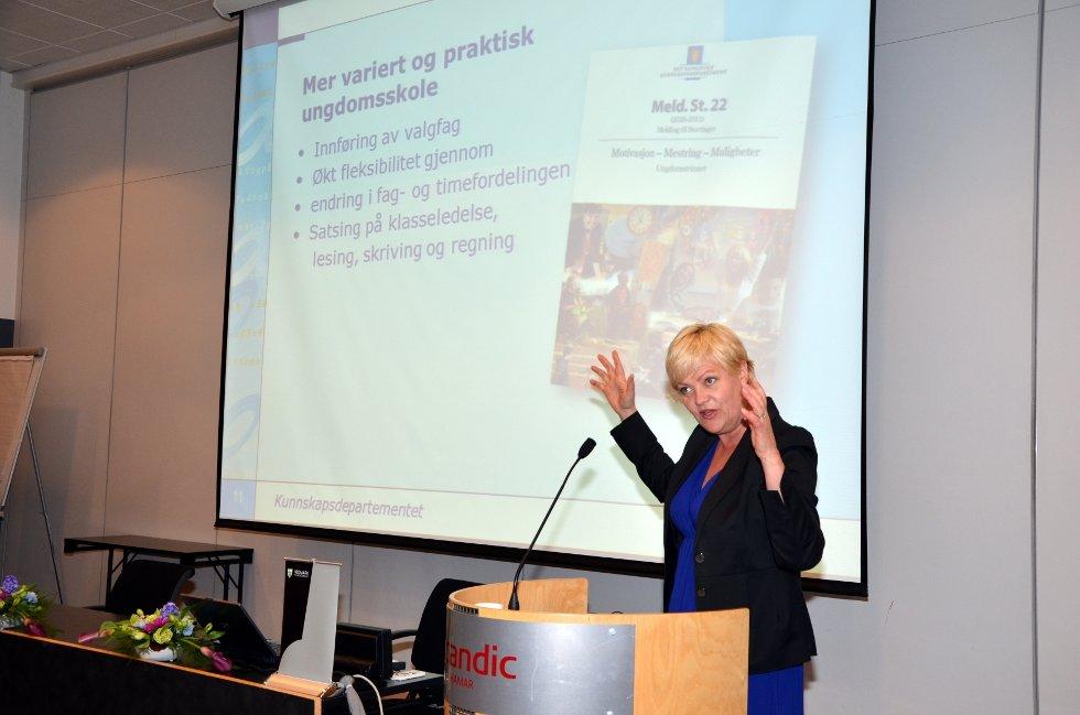 – Det er mulig å bedre dårlige resultater i skolen, sa kunnskapsminister Kristin Halvorsen under sitt foredrag på Hamar tirsdag formiddag.