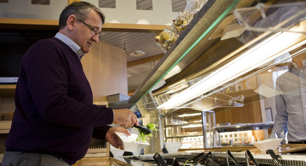 Per-Kristian Foss (62) har sluttet å spise pizza og pølser.