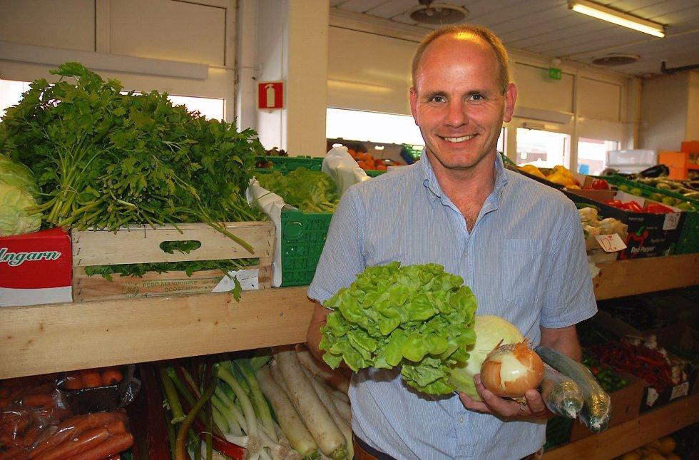 lokalt – Jeg vil gjerne ha oppskrifter, men basert på lokale råvarer, sier Reidar Kaabbel.