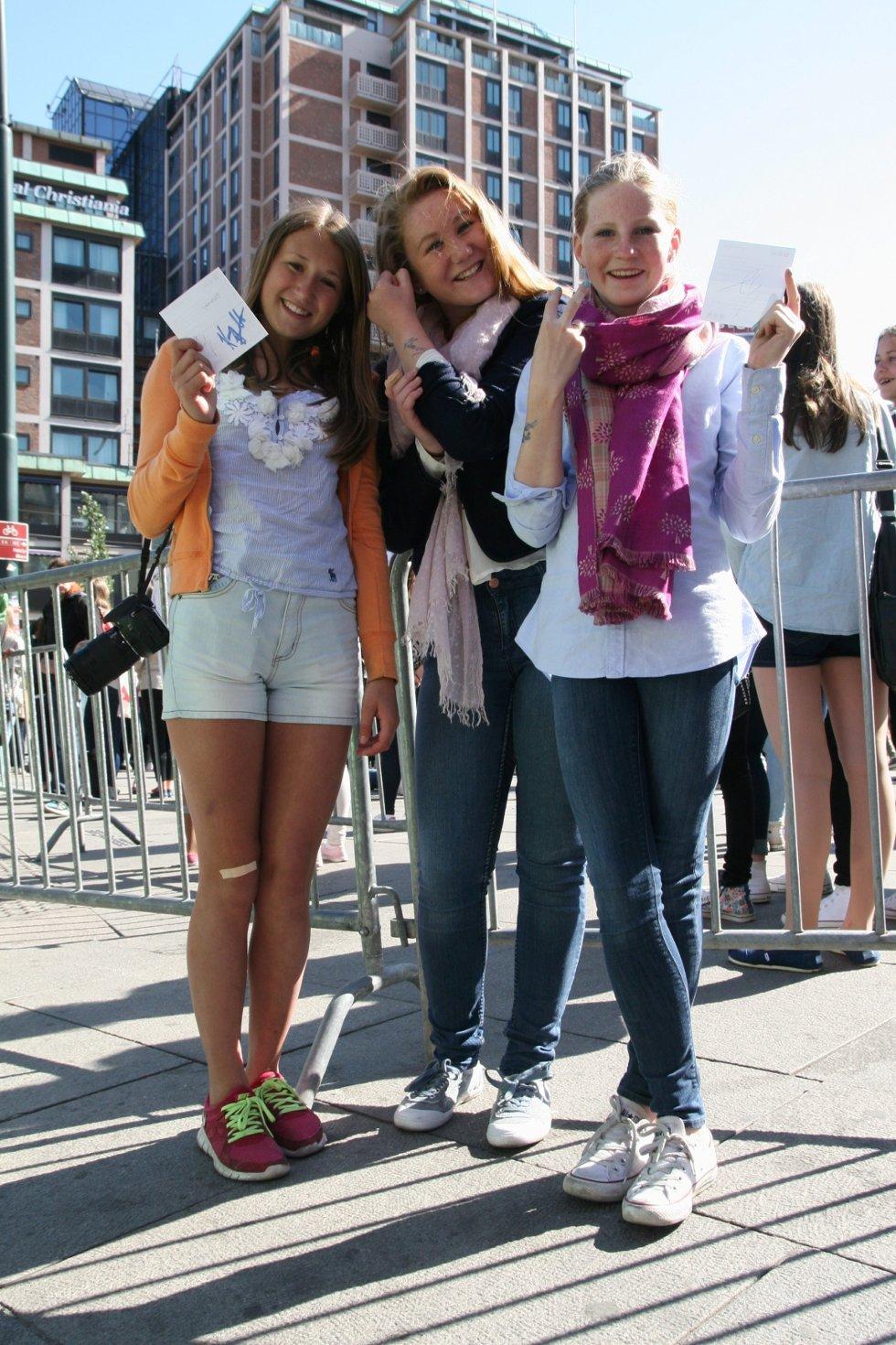 Pernille (14), Dorthe (14) og Mathilde (15) har kommet fra Sandefjord og tatt inn på samme hotell som popstjernen Justin Bieber.