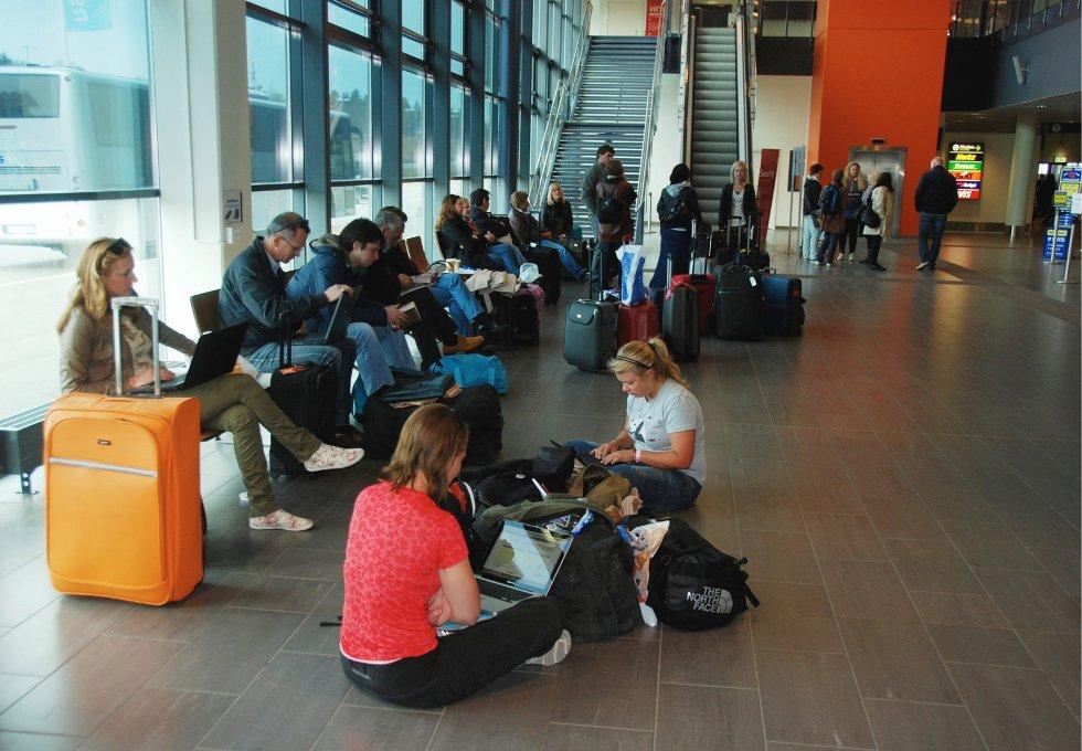 Den pågående meklingen mellom arbeidsgiverforeningen Spekter/Avinor og NFF, som har frist ved midnatt søndag 1. juli. Dersom partene ikke kommer til enighet kan streiken føre til kaos på norske flyplasser fra mandag.