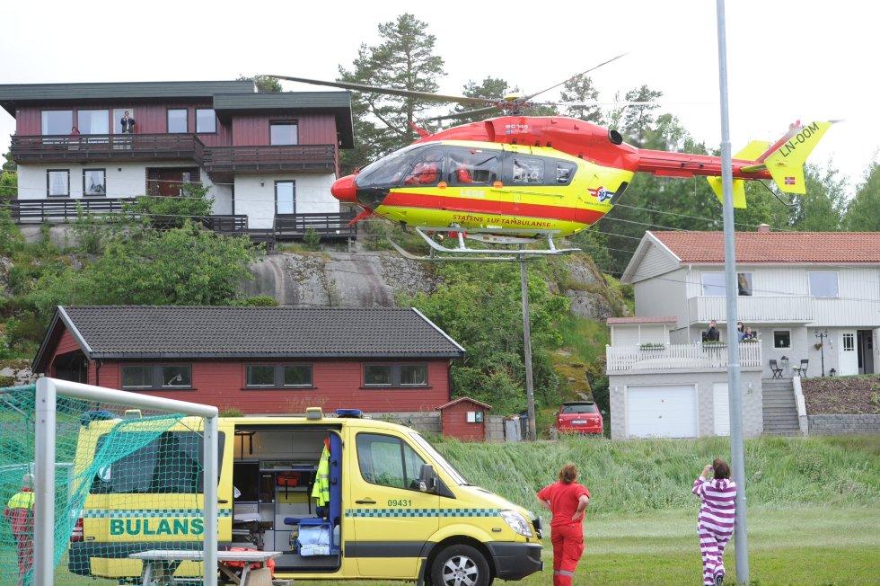 Etter det Sandefjords Blad kjenner til blir jenta fløyet til Sykehuset i Tønsberg.