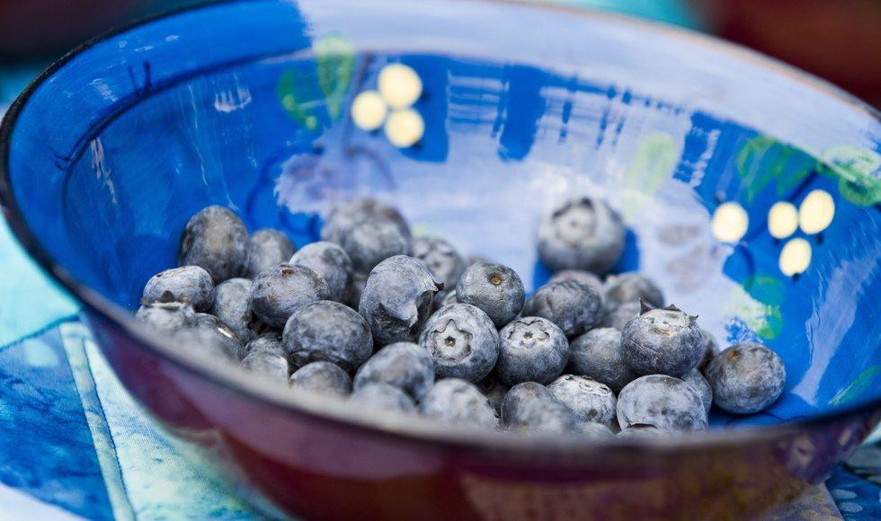 Blåbær er både godt og dekorativt.