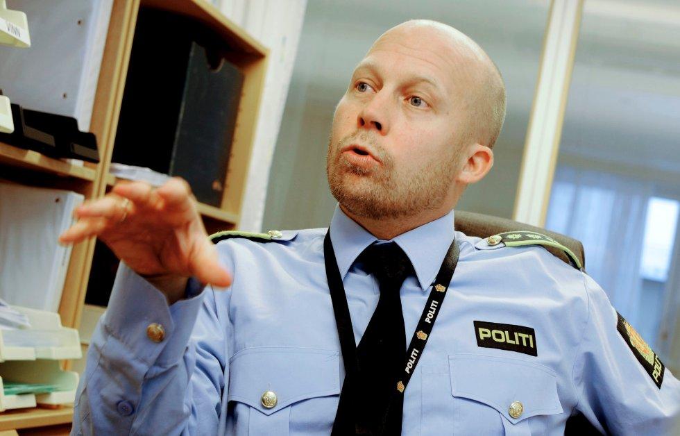 TAKKER PUBLIKUM: Tips fra publikum har vært viktig for at politiet fikk arrestert innbruddstyver som herjet i Vestfold, i følge Kjell Johan Abrahamsen, leder for politienheten Grenseløs.