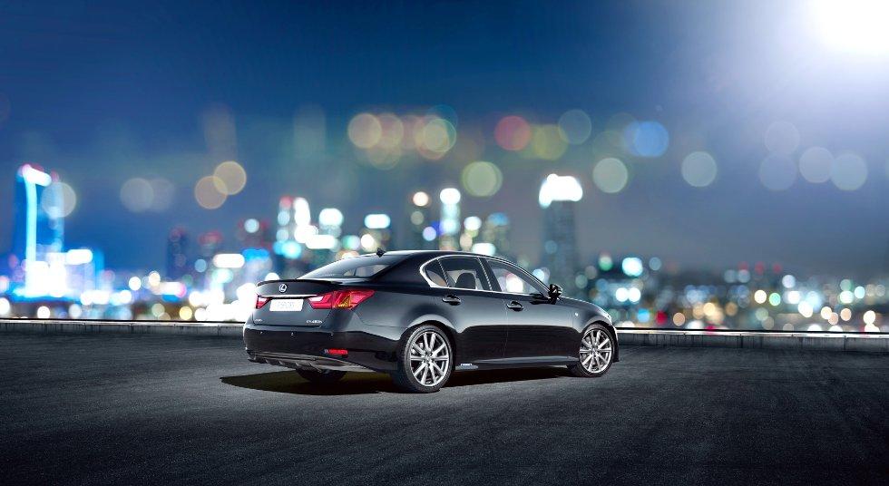 Lexus beveger seg i luksus-segmentet, blant annet med sedanen GS450hF.