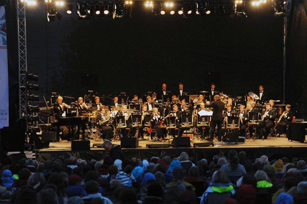 Fyrverkerikonserten på Karljohansvern, med Kongelige Norske Marines Musikkorps som bærebjelke.