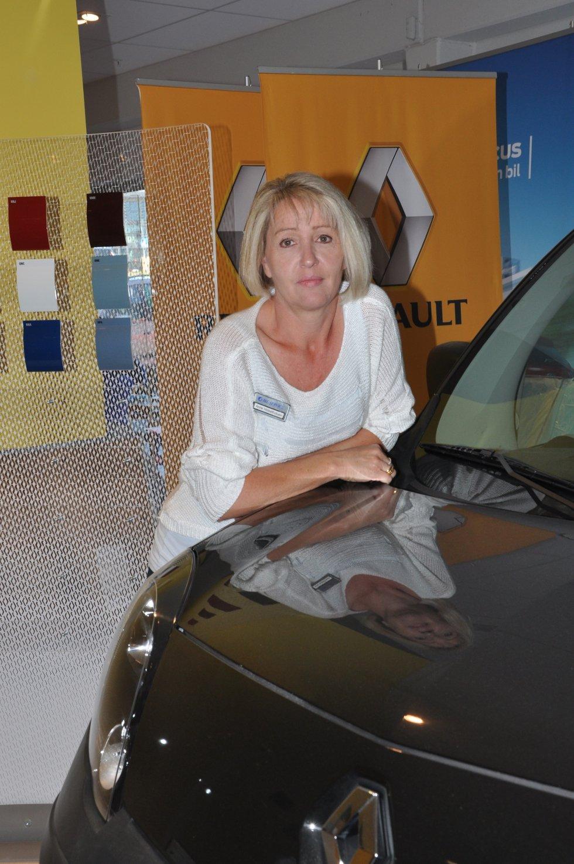 Anne Holsethstuen forteller om en kraftig elbil-satsing fra franske Renault.