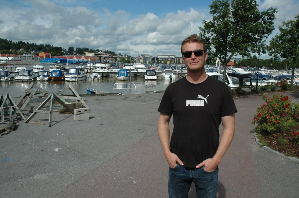 John Andre Gurijordet i Vestfold fylkeskommune mener entreprenøren Veidekke burde ha sikret massene bedre.