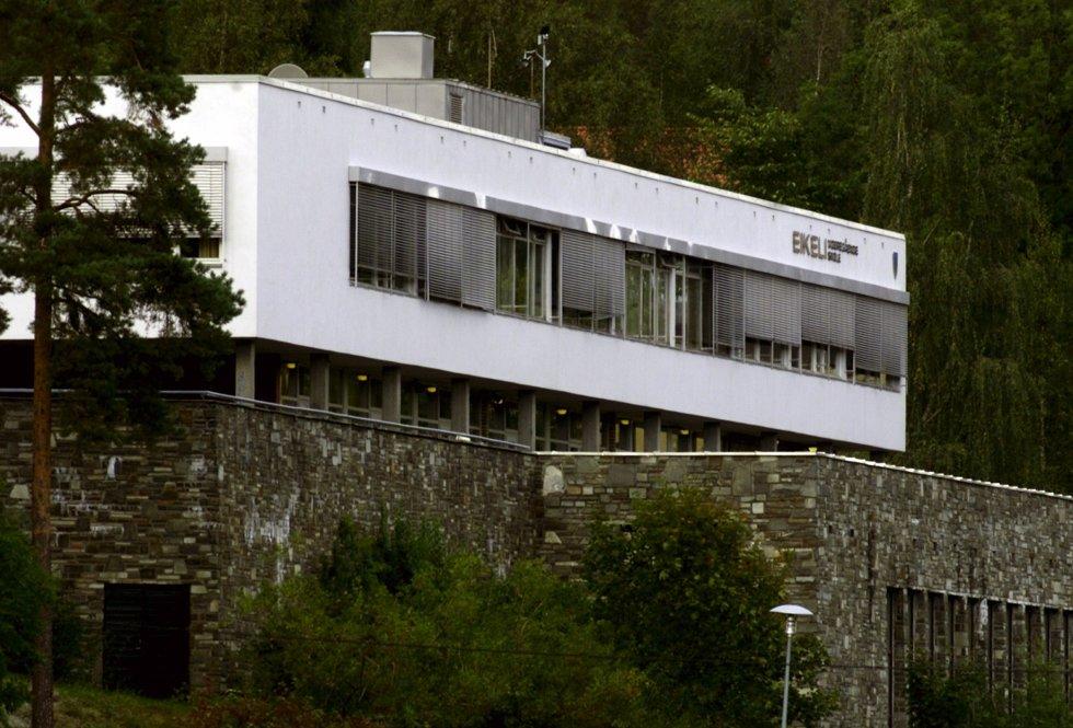 SKOLE: Eikeli videregående er et eksempel på god skolearkitektur i Bærum, synes Eirik Bøe.