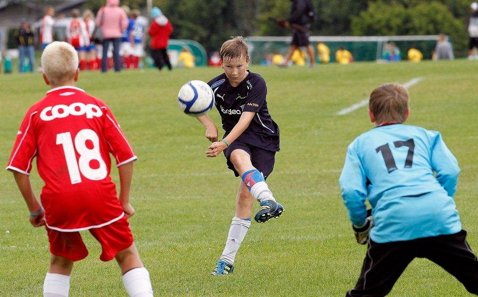TAP: Nesøyas guttelag i 13-årsklassen trengte en seier for å na A-sluttspillet, men tapte 0–1 for Skedsmo 2. FOTO: ULF HANSEN