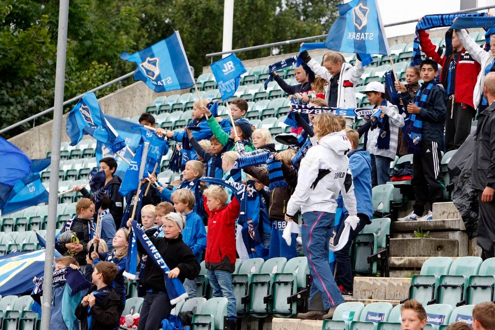 NYTT TAP: 4.086 tilskuere så Stabæk tape 0–4 for Brann mandag. ALLE FOTO: TORE GURIBY