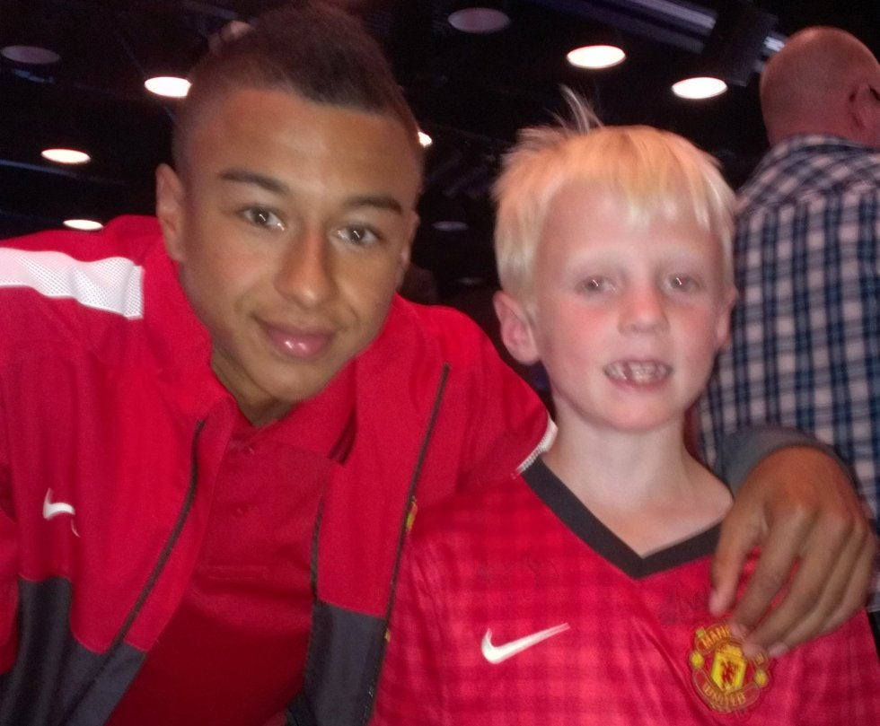 UNGT TALENT: : Et av United unge talenter, Jesse Lingard, var med på supporterseansen. (Foto: Privat)