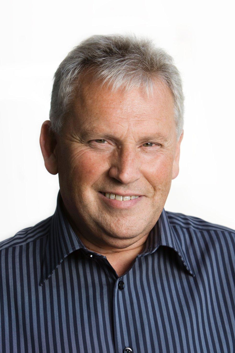 Mange tar kontakt med Gjensidige i forbindelse med uværet som har herjet, sier Bjørn Arnesen, Gjensidiges informasjonsansvarlig for Vestfold.