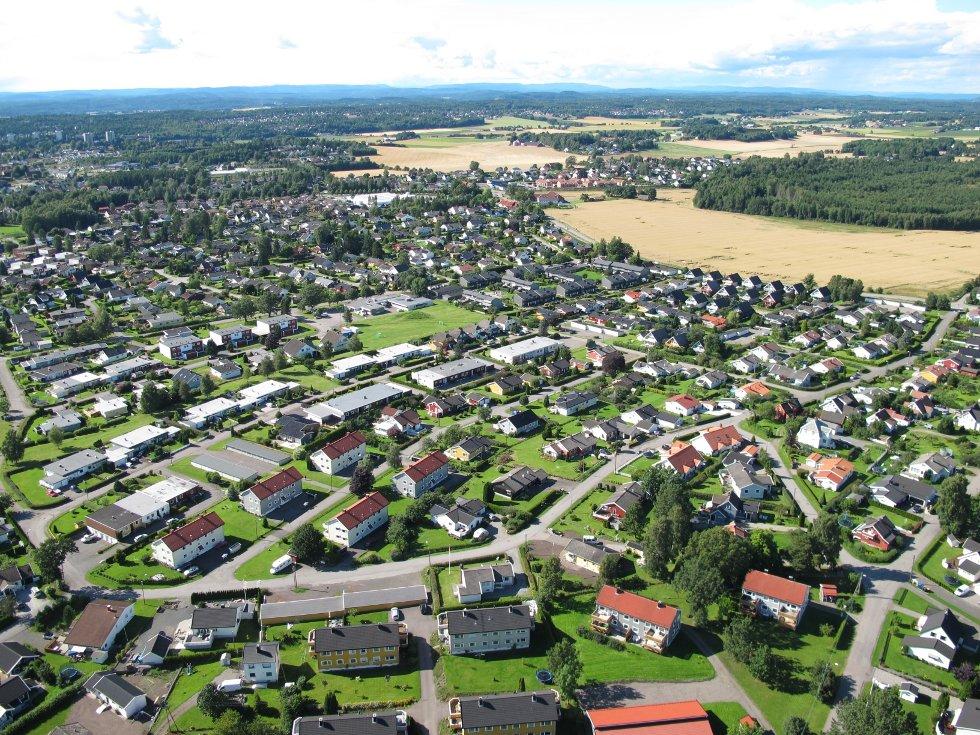 Slik ser det ut på Tolvsrød fra lufta.  Finner du huset ditt?