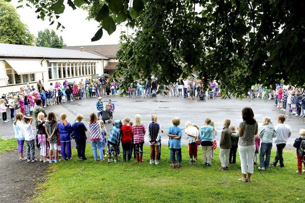 Første skoledag for Brattås-barna på Grindløkken skole. Foto: Kirvil Håberg Allum