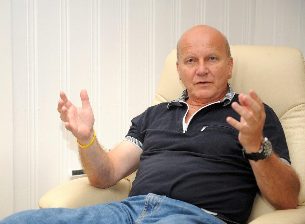 Tidligere administrerende direktør ved Sandefjord Lufthavn Torp, Alf-Reidar Fjeld, går om nødvendig til rettssak for å prøve oppsigelsen av ham.