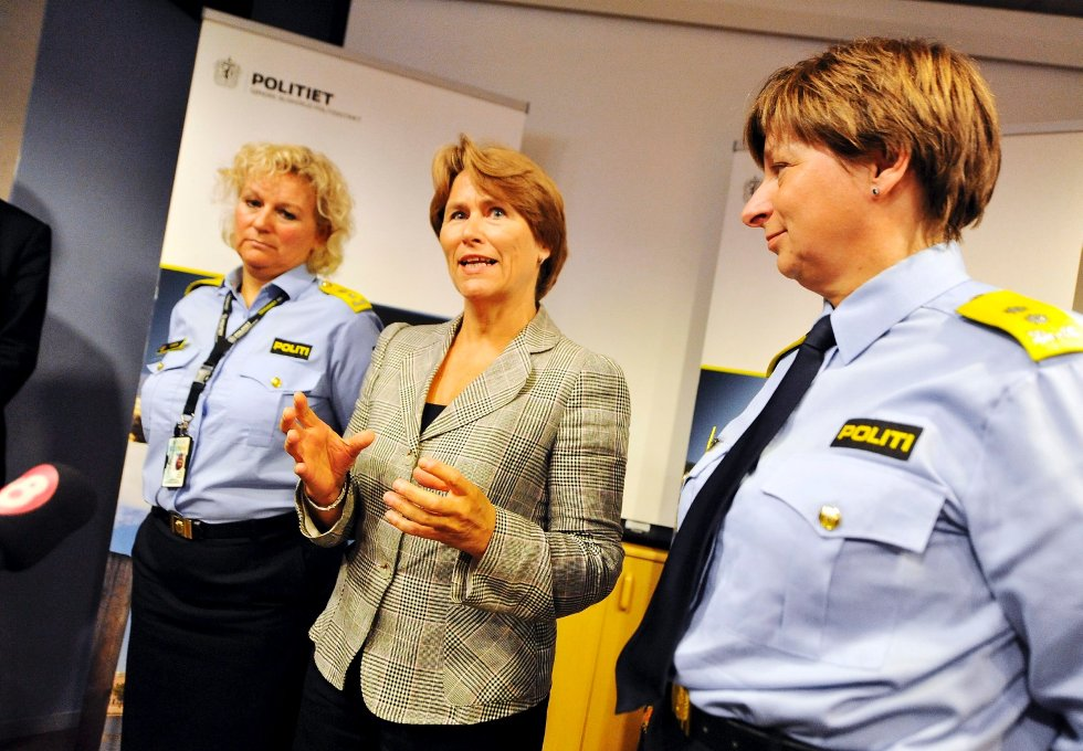 - Nå skal vi først se på hvordan vi kan bedre beredskapen. Vi har blant annet for dårlige IKT-løsninger, sier justis- og beredskapsminister Grete Faremo.