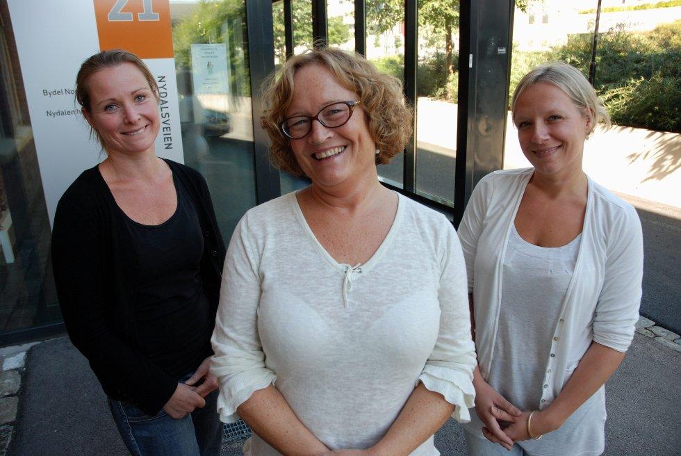ØNSKER VELKOMMEN! Charlotte Gilstedt, Nina Aurora Malm, Mari Rønning Kjendsli er på plass på Helsestasjonen for ungdom i Nydalsveien 21 mandag og onsdag.