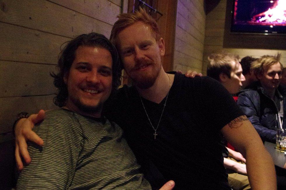 Anders og Tom Andreas feirer bartene! Er de ikke flotte?