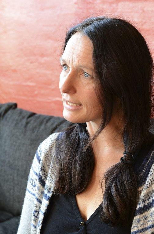 SNART I MÅL: Regissør Simone Thiis er trygg på at ensemblet blir helt klare til premieren på torsdag.