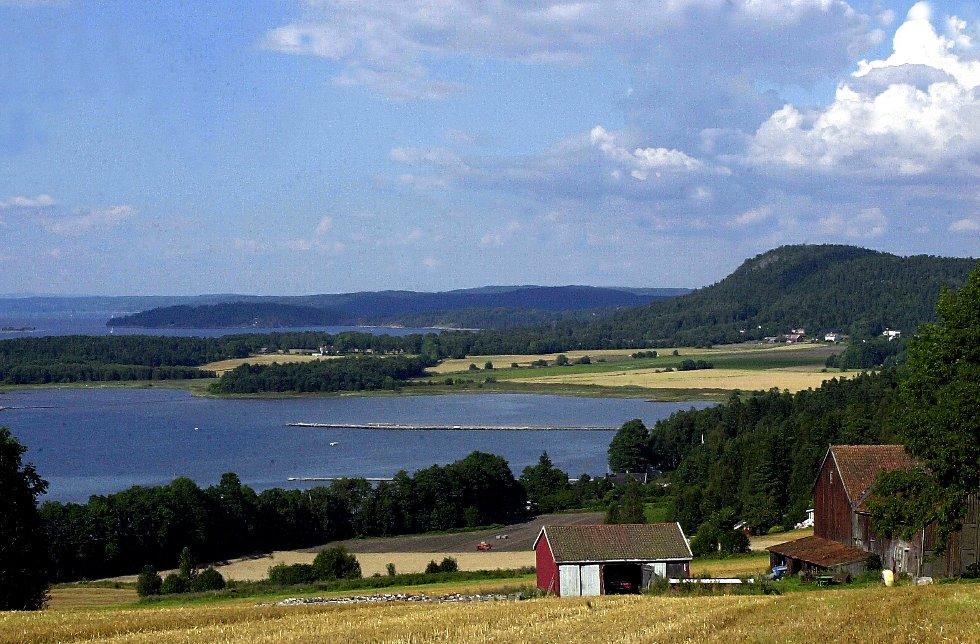 Gårdene nordover på Jeløy har private renseanlegg.