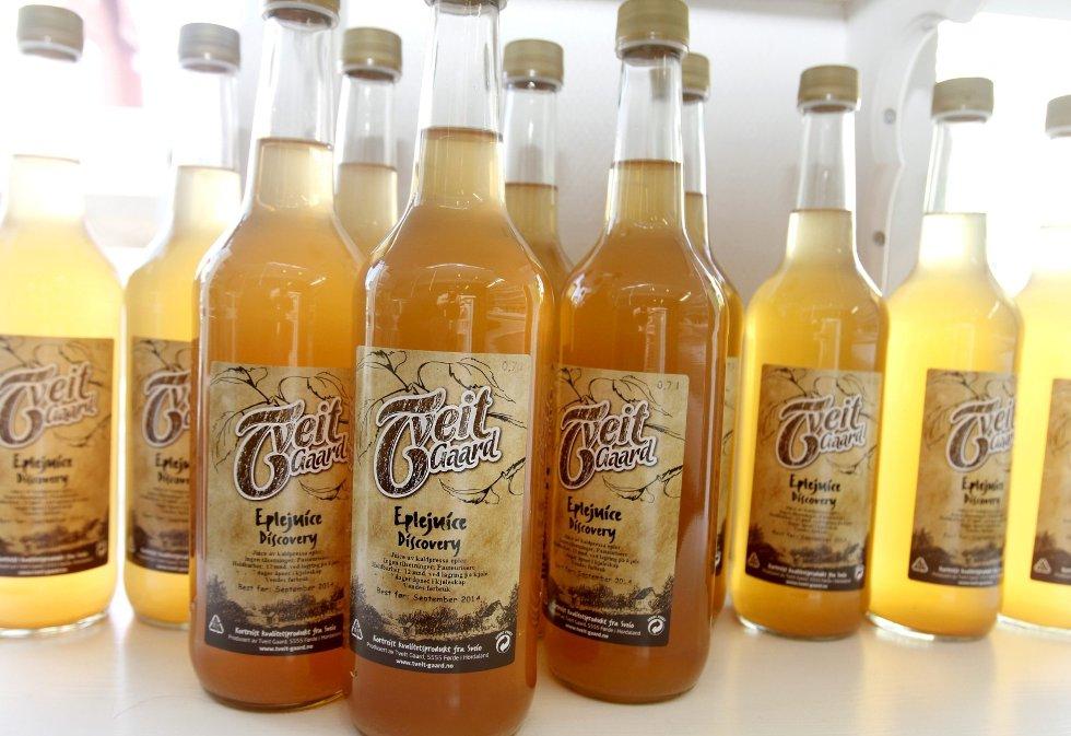 Fruktig kortreistheter: Tveit gaard ved Ålfjorden i Sveio kommune produserer blant annet eplejuice, syltetøy og saft.