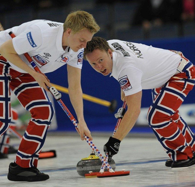 KOSTER: Gode til å koste er gutta, fra venstre Håvard Vad Peterssonog Torger Nergård.