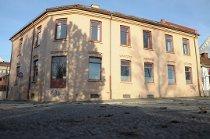 Den gamle handelsskolen.