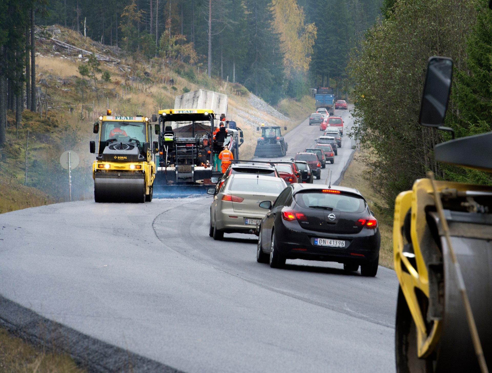 I år skal 200 kilometer fylkesveg asfalteres